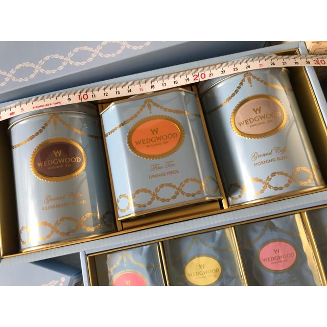 WEDGWOOD(ウェッジウッド)の豪華6点セット! ウエッジウッド 新品未開封 コーヒー紅茶セット 食品/飲料/酒の食品(菓子/デザート)の商品写真