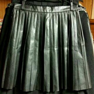 マーキュリーデュオ(MERCURYDUO)の未着用 レザー プリーツスカート(ミニスカート)