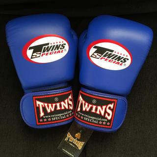 ツインズ TWINS  ボクシンググローブ8oz 新品未使用  (ボクシング)