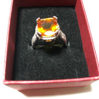 オレンジストーンそびえ立つリング(リング(指輪))
