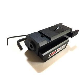タクティカル レーザーサイト マウント一体型 20mmレール(その他)
