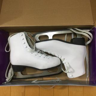 【値下げ】スケート靴 レディース UKサイズ3、日本サイズ22.5cm(ウインタースポーツ)