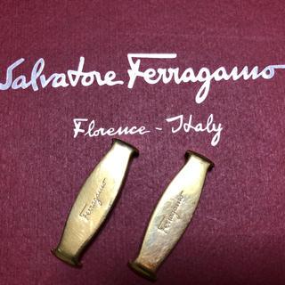 サルヴァトーレフェラガモ(Salvatore Ferragamo)のフェラガモ パンプス リボンの金具(ハイヒール/パンプス)