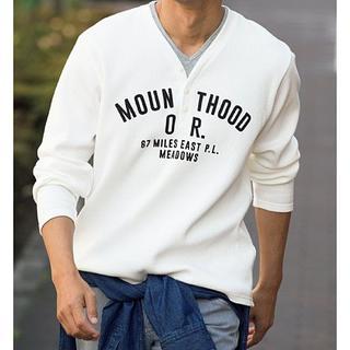 セシール(cecile)のワッフルフェイクレイヤードプリントシャツ ホワイト(Tシャツ/カットソー(七分/長袖))