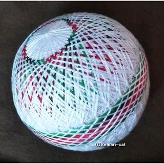 てまり「籠目菊、ホワイトクリスマス」白地 手まり 手毬 手鞠(その他)