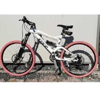 ジーティーバイシクルズ(GT Bicycles)の定価34万! GT  MTB  FORCE フルサスペンション マウンテンバイク(自転車本体)
