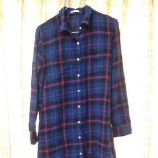 ジーユー(GU)のチェックシャツ(ミニワンピース)