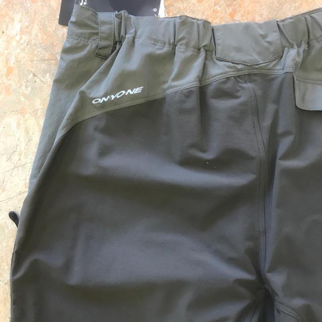 (セール)オンヨネ メンズウォーターシェイドロングパンツ L78~86cmカーキ スポーツ/アウトドアの自転車(ウエア)の商品写真