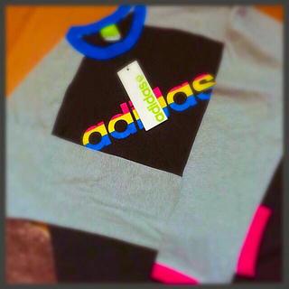 アディダス(adidas)のadidas Tシャツ 長袖(Tシャツ(長袖/七分))