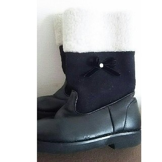 ファミリア(familiar)のファミリア ファーつきブーツ15cm(ブーツ)
