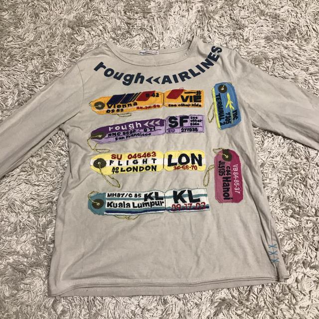 rough(ラフ)の【rough】ラゲージタグのアップリケ付き長袖Tシャツ レディースのトップス(Tシャツ(長袖/七分))の商品写真