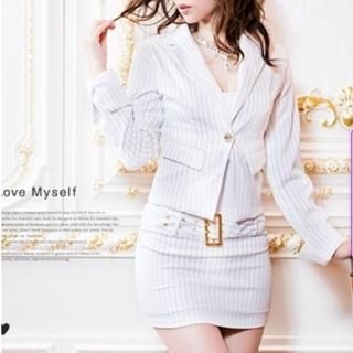 デイジーストア(dazzy store)のホワイトストライプ★キャバ嬢タイトスーツ(スーツ)