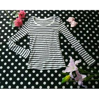 ジーユー(GU)のGU細ボーダーTシャツ白ネイビーSジーンセバーグ(Tシャツ(長袖/七分))