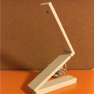 ムジルシリョウヒン(MUJI (無印良品))の無印良品 LEDモバイルライト(テーブルスタンド)