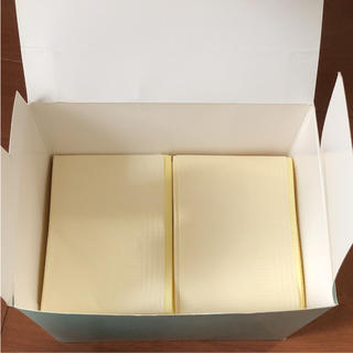 ベネッセ たまひよ 使い切り防水マルチペーパーラージ 30枚(おむつ替えマット)