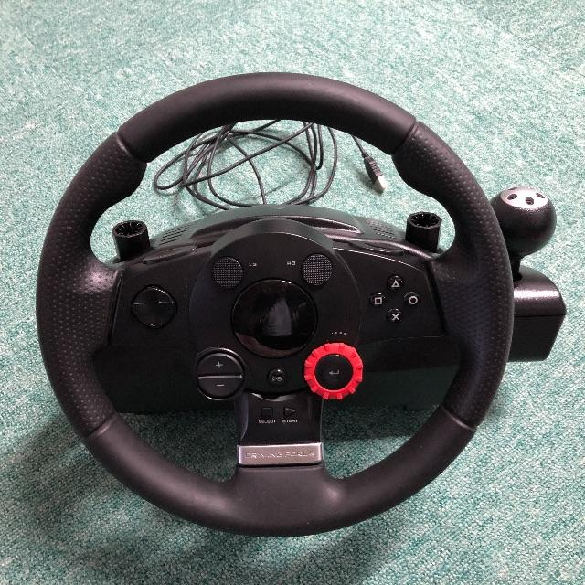 PlayStation4(プレイステーション4)のハンコン ロジクール DF GT(LPRC-14000) PS4変換付 エンタメ/ホビーのテレビゲーム(その他)の商品写真