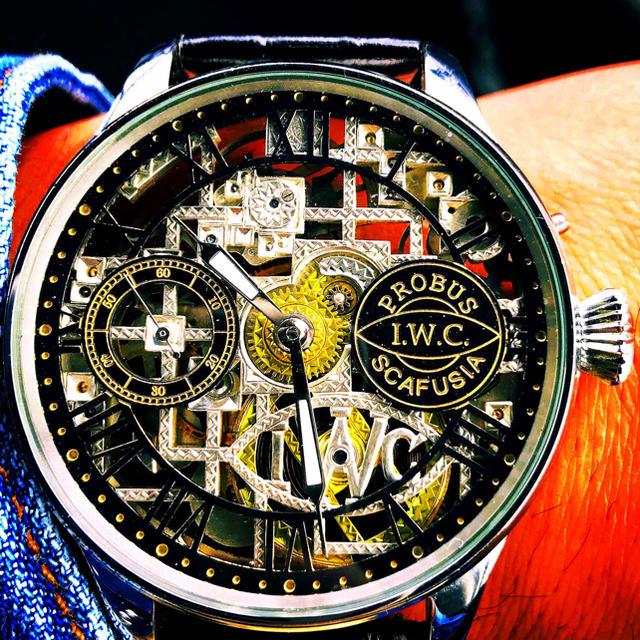 IWC(インターナショナルウォッチカンパニー)の時計   メンズの時計(腕時計(アナログ))の商品写真