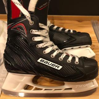 Bauerのアイスホッケーの靴(ウインタースポーツ)