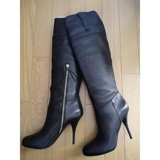 ミュウミュウ(miumiu)のミュウミュウ レザーロングブーツ ブラック(ブーツ)