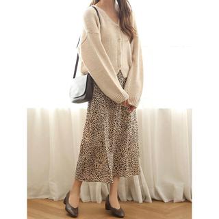 アイスー(i-SOOK)のisook レオパード柄 ロングフレアスカート新品(ロングスカート)