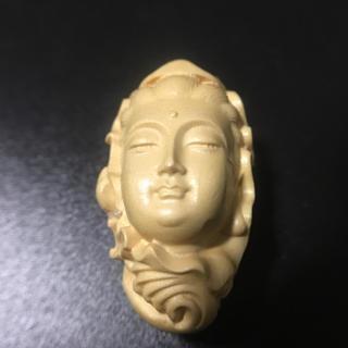 柘植 可愛い観音彫刻 仏頭  お守り  根付 縁起物(彫刻/オブジェ)