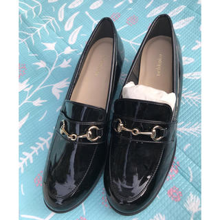 ヴェリココ(velikoko)の靴(ローファー/革靴)