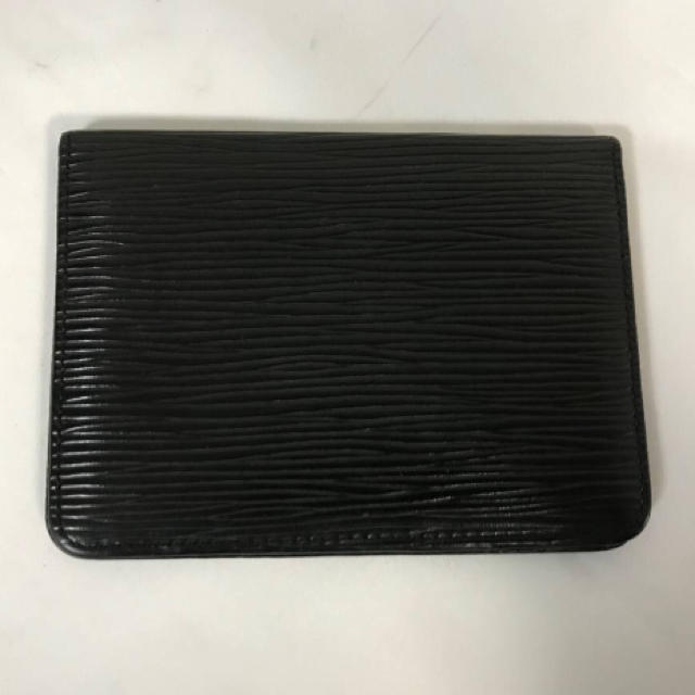 online store e23b8 ad508 美品本物ルイヴィトンLVエピ本革レザー二つ折りカードケースパスケース名刺入れ定期
