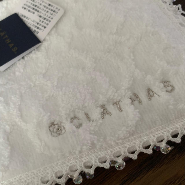 CLATHAS(クレイサス)のタオルハンカチ  レディースのファッション小物(ハンカチ)の商品写真