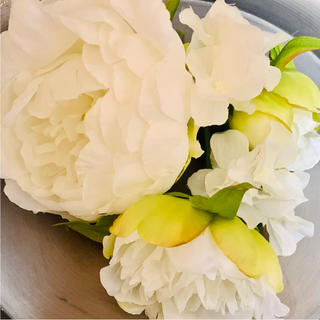 toytoy253 ヘッドピース  髪飾り ピオニー 芍薬 ホワイト Uピン(ヘッドドレス/ドレス)