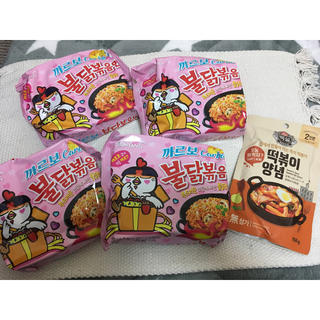 韓国で完売続出!!カルボブルダック麺!(麺類)
