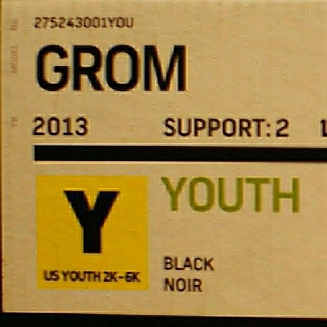 BURTON(バートン)のBURTON スノーボード キッズ ビンディング GROM スポーツ/アウトドアのスノーボード(バインディング)の商品写真