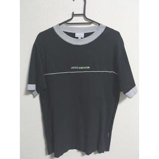 ヴェルサーチ(VERSACE)の美品 トップス(Tシャツ/カットソー(半袖/袖なし))