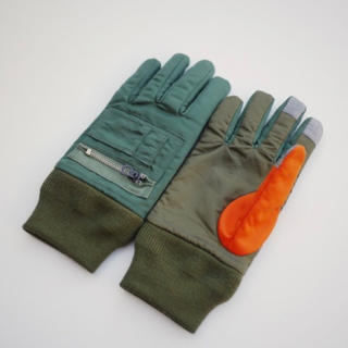 ガンリュウ(GANRYU)のナイロンツイル × エステルリップストップ グローブ カーキ ギャルソン(手袋)