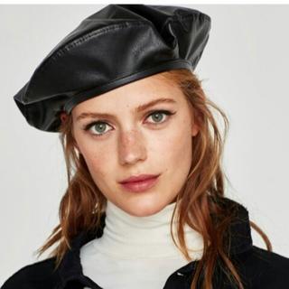 ザラ(ZARA)のZARA ベレー フェイクレザー 新品タグ付き ベレー帽(ハンチング/ベレー帽)