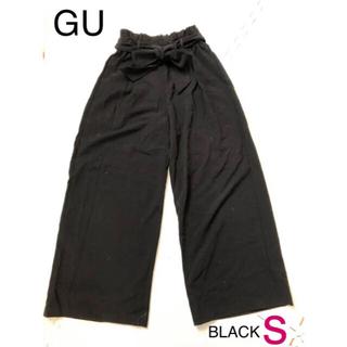 ジーユー(GU)のGU❤︎ウエストリボンワイドパンツsブラック(カジュアルパンツ)