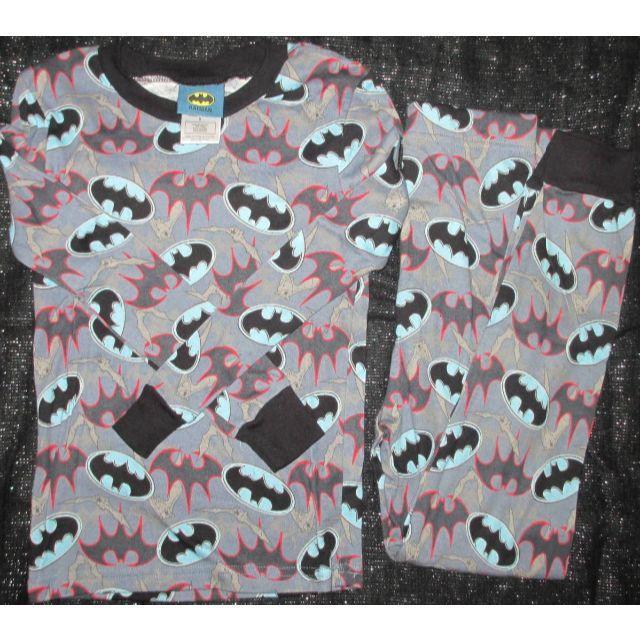 dcdfd9e993dc2d MARVEL(マーベル)の新品 バットマン パジャマ 130 長袖Tシャツ 長ズボン 上下 コットン