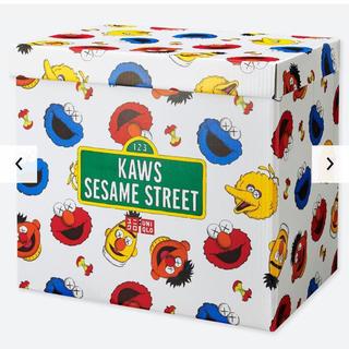 SESAME STREET - カウズ セサミストリートトイ コンプリートBOX kaws ユニクロ