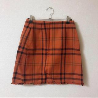 ジーユー(GU)のオレンジチェックスカート(ミニスカート)