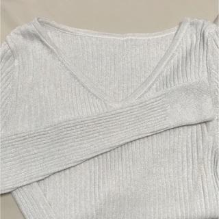 ジーユー(GU)のジーユー ラメニット シルバー(ニット/セーター)