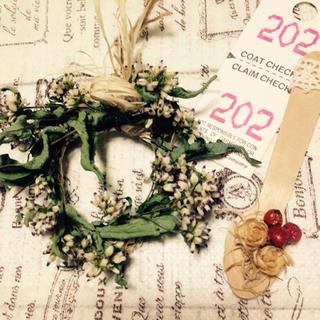 野の花ドライフラワーミニリースと可愛いスプーン(ドライフラワー)