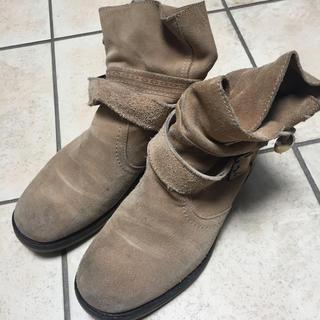 ザラ(ZARA)のZARA スウェード チャッカブーツ ショートブーツ 26cm(ブーツ)