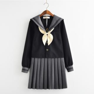 【送料無料】可愛い女子高生セーラー服(長袖/黒・金)Lサイズ【新品】(衣装一式)