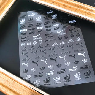 アディダス(adidas)のブランドネイルシール(ネイル用品)