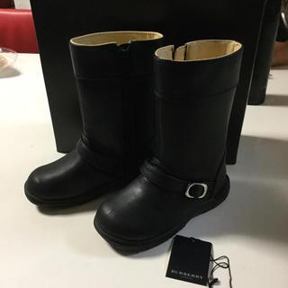 バーバリー(BURBERRY)の【未使用】バーバリー ブーツ 17㎝ 男女兼用(ブーツ)