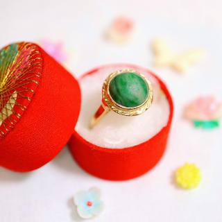 k18♠︎和彫りの美しいレトロモダンな緑の石の指輪✧ete アガット お好きな方(リング(指輪))
