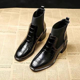 ショートブーツ 革靴 ブーティ サイドゴア ペッタン ツルツル エナメル(ブーツ)