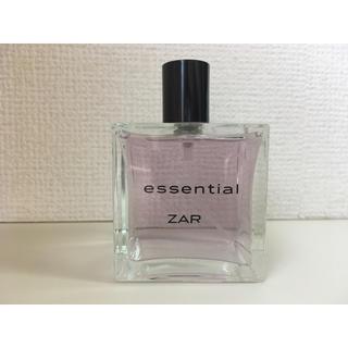 ザラ(ZARA)のZARA essential 日本未発売 香水 美品(香水(女性用))