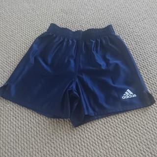 アディダス(adidas)のアディダス130㎝紺サッカーパンツ男の子スポーツ短パン(パンツ/スパッツ)