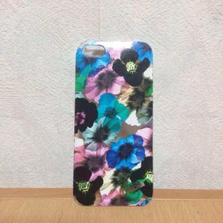 ムルーア(MURUA)のシャドーフラワー柄iPhoneケース(モバイルケース/カバー)