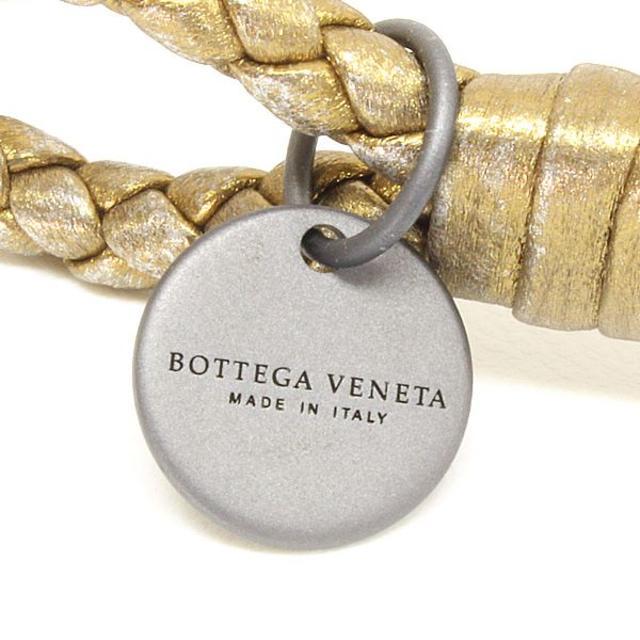 Bottega Veneta(ボッテガヴェネタ)の35 BOTTEGA VENETA ゴールド イントレチャート ラムレザーS レディースのアクセサリー(ブレスレット/バングル)の商品写真